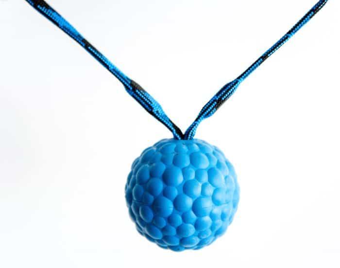 Gumijasta žoga z dvojnim magnetom in ročajem MEHKA 4